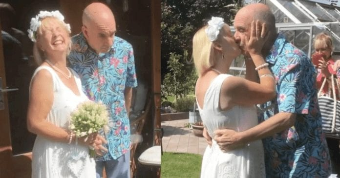 a-man-forgot-he-was-married-and-proposed-his-wife