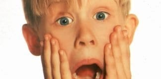 Macaulay Culkin Reacts To News Of Home Alone Remake With Hilarious Pic